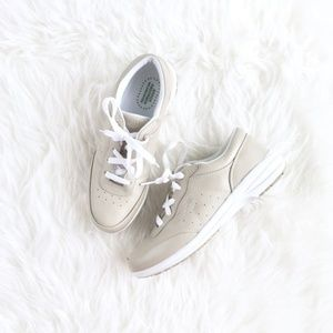 """Propét """"Jodie"""" Shell Leather Walking Sneakers, 6.5"""